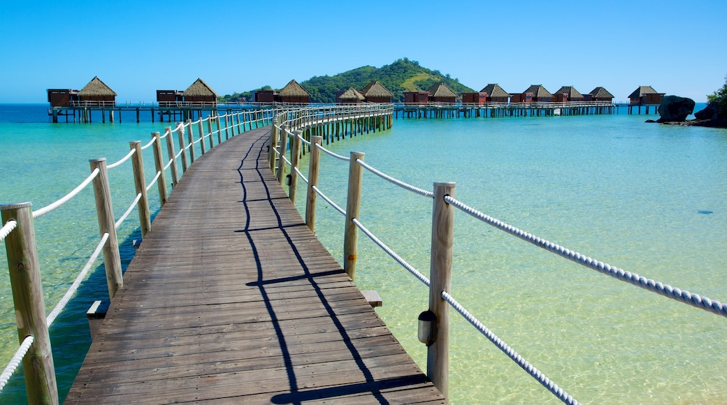 Fiji which includes a luxury hotel or resort, a bay or harbour and island views