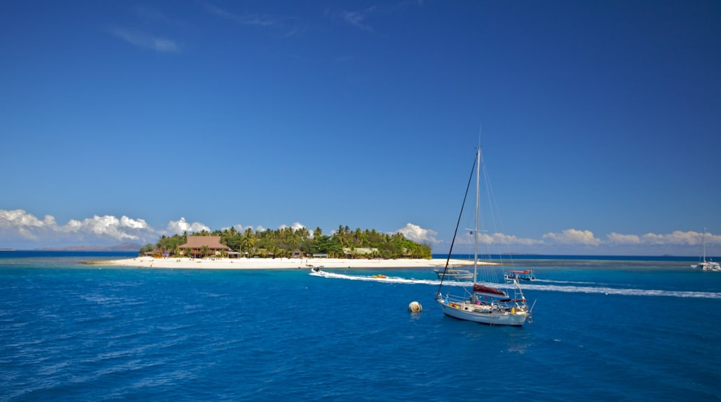 Fiji showing tropical scenes, landscape views and sailing