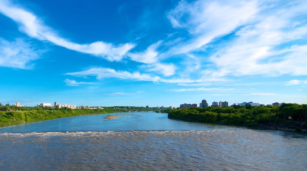 Saskatoon que incluye una ciudad, vistas de paisajes y un río o arroyo