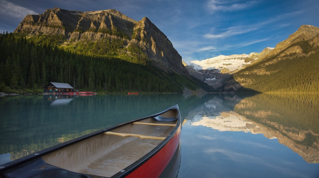 Banff which includes boating, landscape views and a lake or waterhole