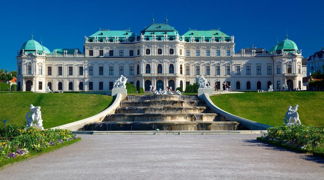 Belvedere toont een tuin, historische architectuur en een kasteel