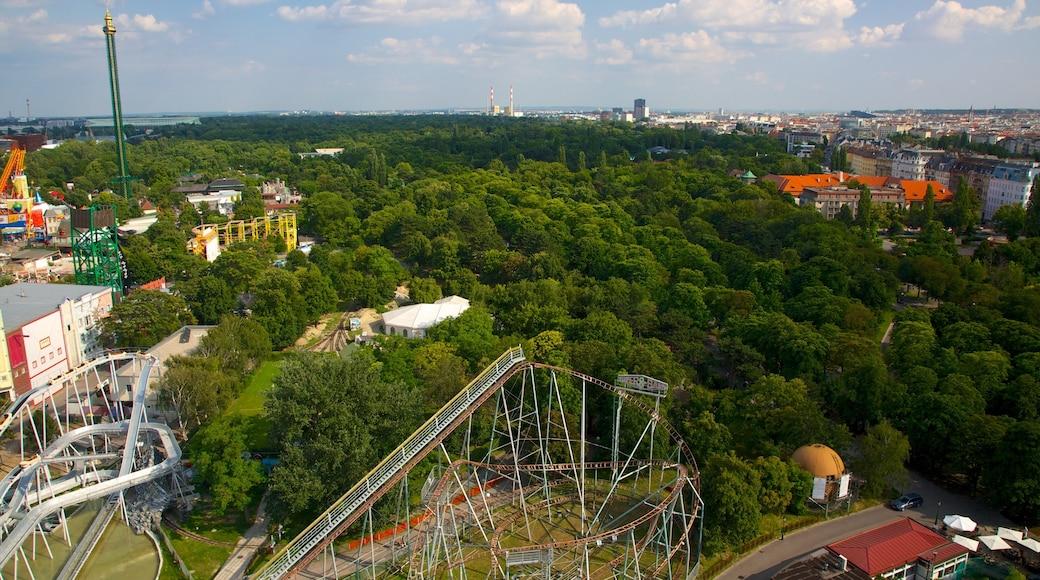 Wiener Prater bevat attracties, bossen en een stad