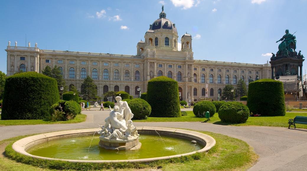 Kunsthistorisches Museum inclusief een park, historische architectuur en een fontein