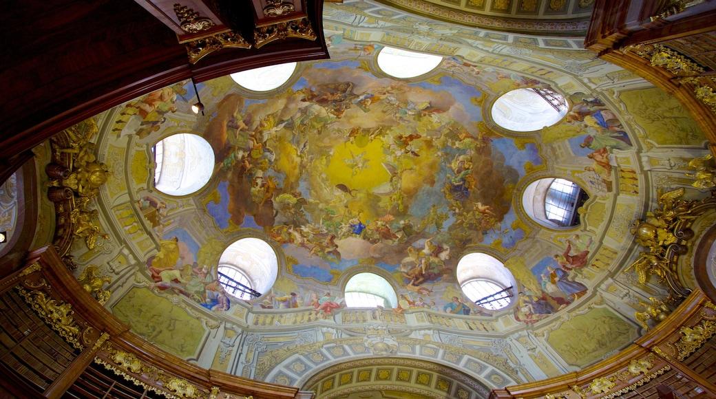 Österreichische Nationalbibliothek welches beinhaltet historische Architektur, Innenansichten und Kunst