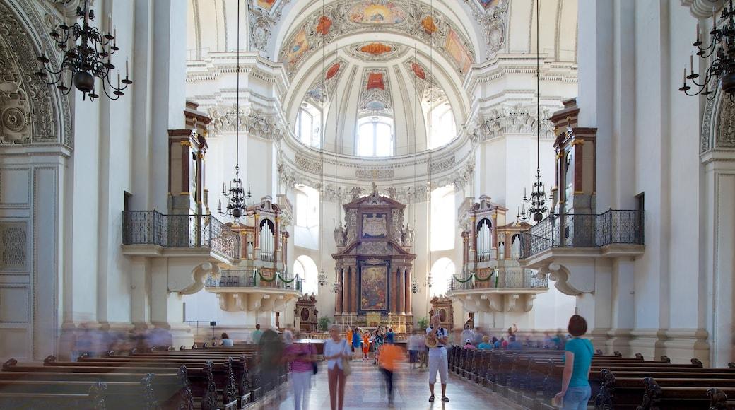 Salzburger Dom mit einem historische Architektur, religiöse Elemente und Kirche oder Kathedrale