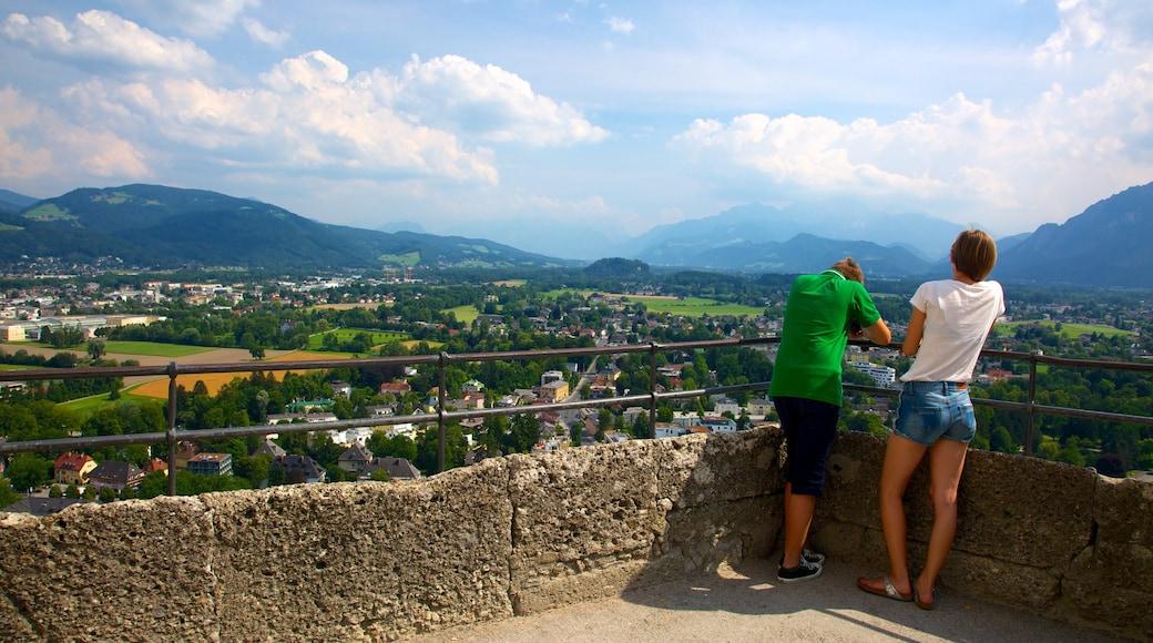 Festung Hohensalzburg welches beinhaltet Landschaften, Palast oder Schloss und Ansichten