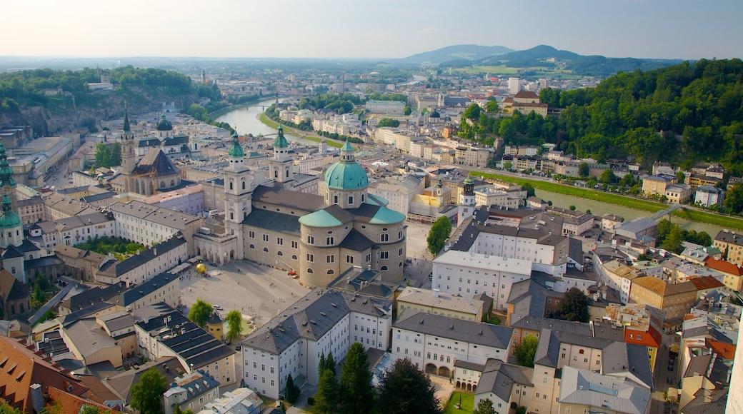 Festung Hohensalzburg mit einem Stadt, Palast oder Schloss und historische Architektur