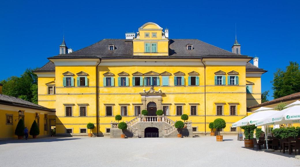 Schloss Hellbrunn das einen Platz oder Plaza, Burg und historische Architektur