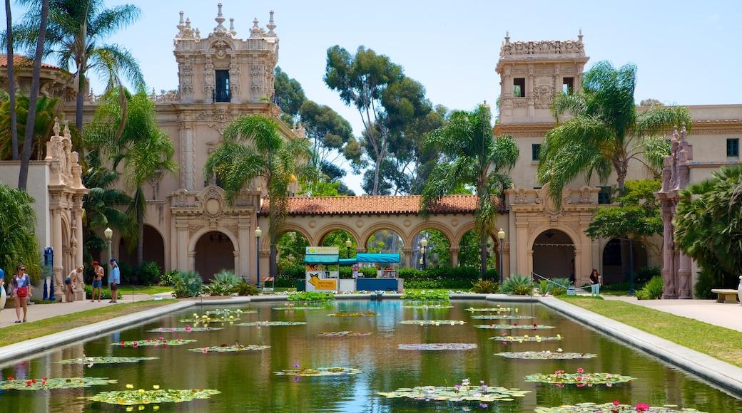 Balboa Park ซึ่งรวมถึง บ่อน้ำ, มรดกทางสถาปัตยกรรม และ สวนสาธารณะ