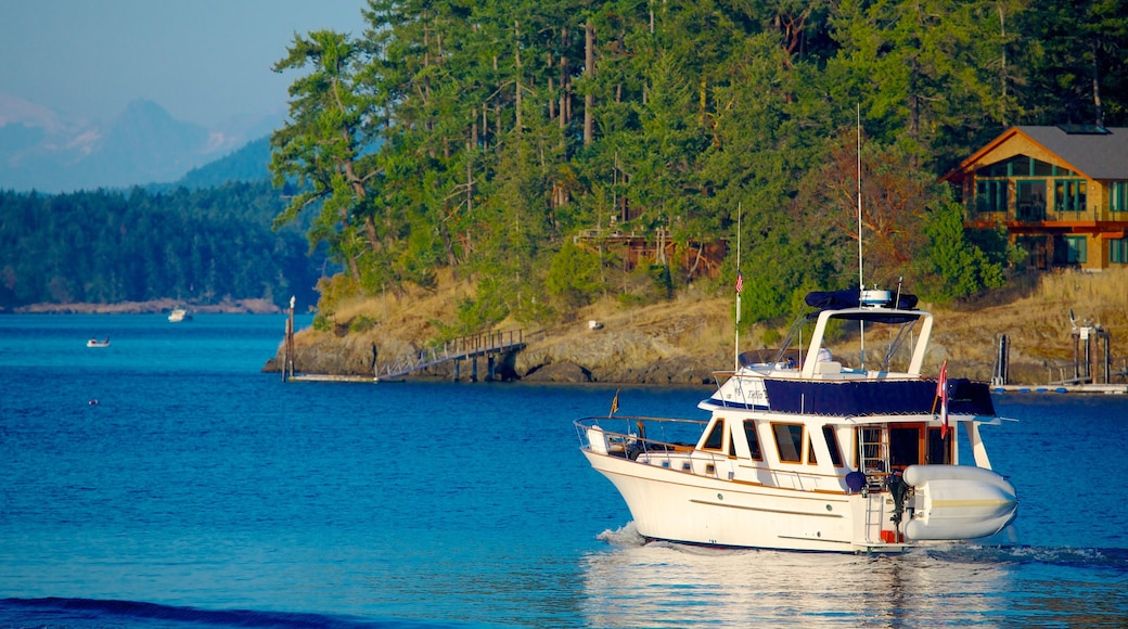 San Juan Island which includes island views and boating