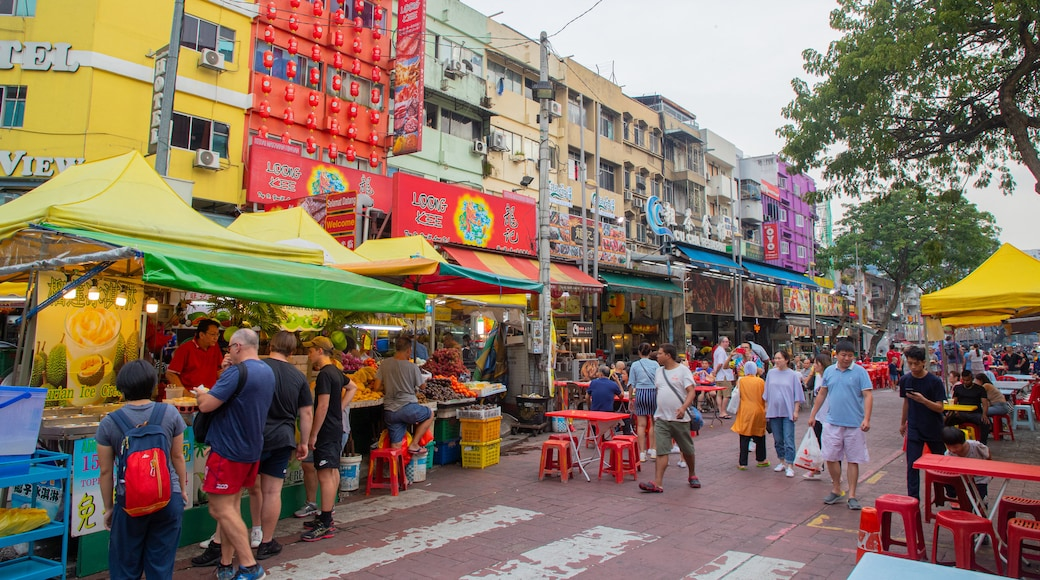 Jalan Alor which includes markets and street scenes