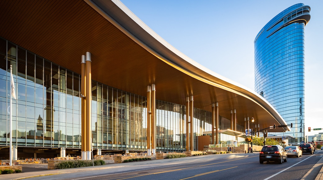 Music City Center which includes modern architecture