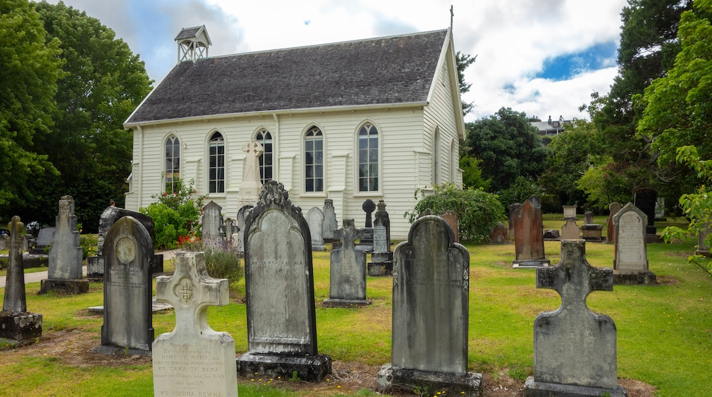 Russell Christ Church