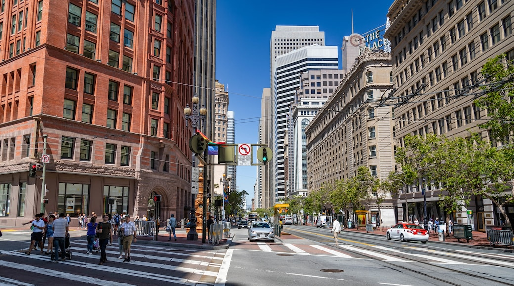 Downtown San Francisco featuring street scenes and a city