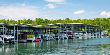 State Park Marina showing a bay or harbor