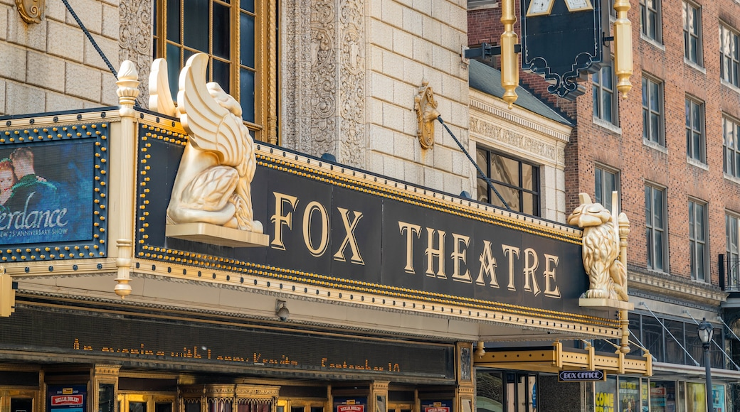 Fox Theater showing signage