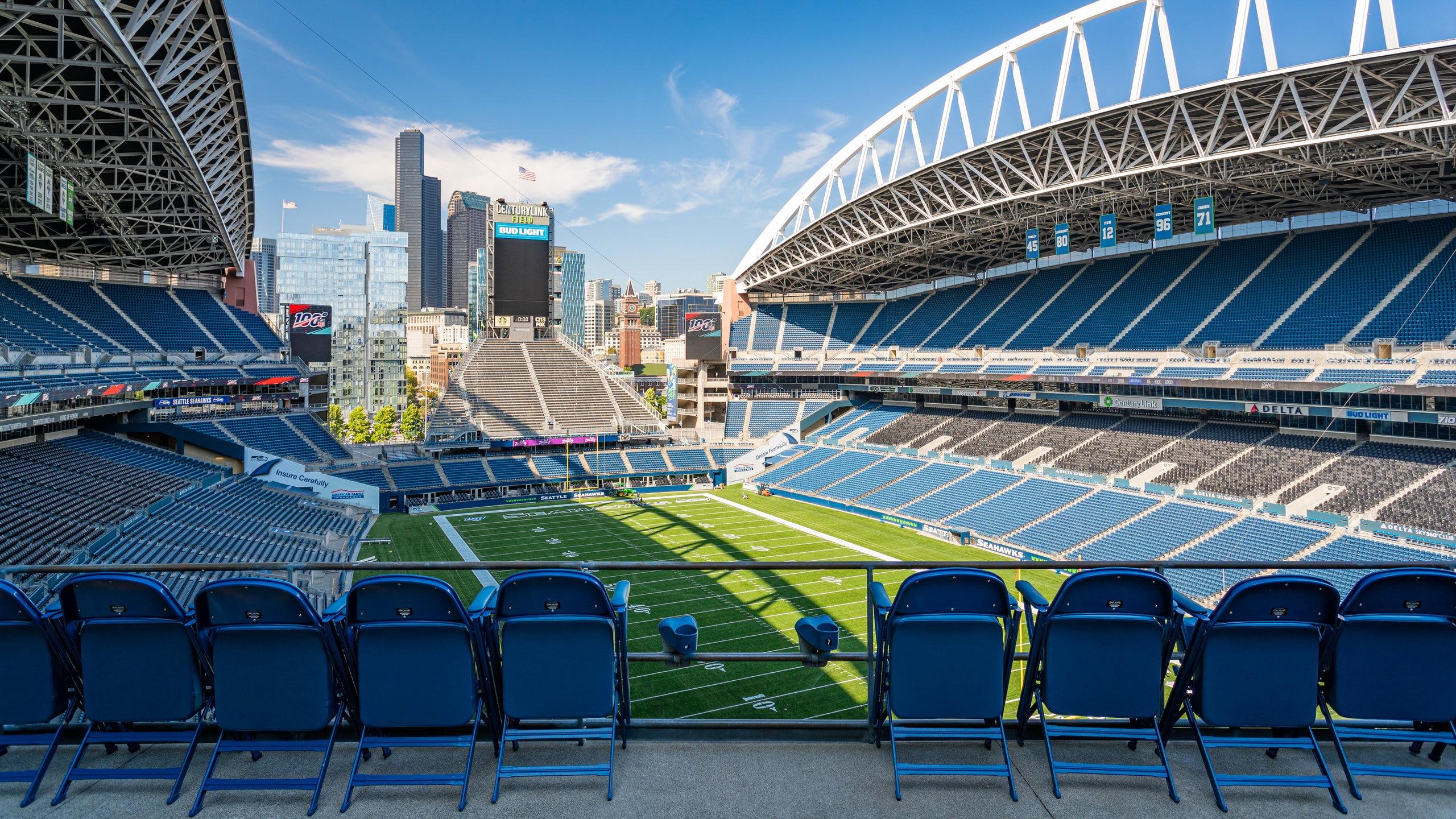 Få med deg et arrangement ved CenturyLink Field under turen til Seattle. Dette urbane området har et godt underholdningstilbud og kunst du bør oppleve.