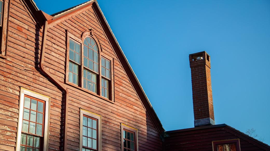 Elizabeth Perkins House