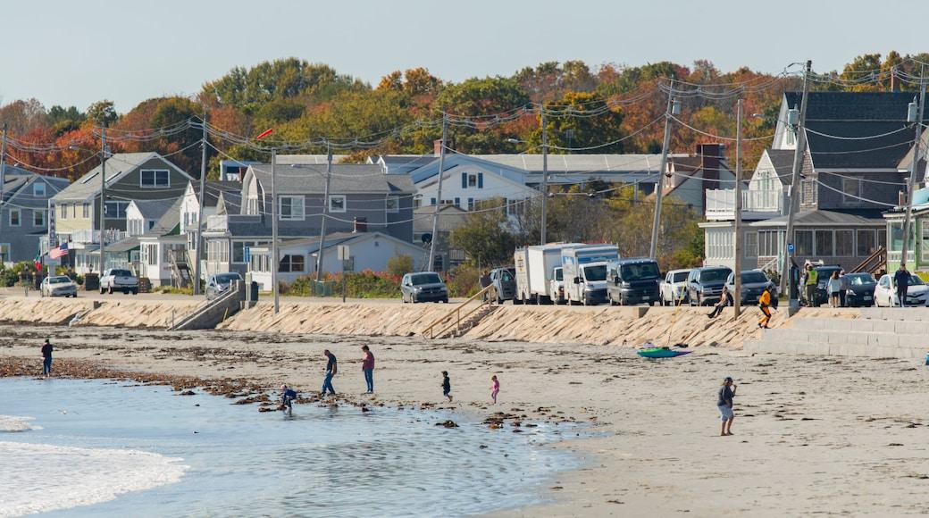 Long Sands Beach featuring a coastal town, a sandy beach and general coastal views