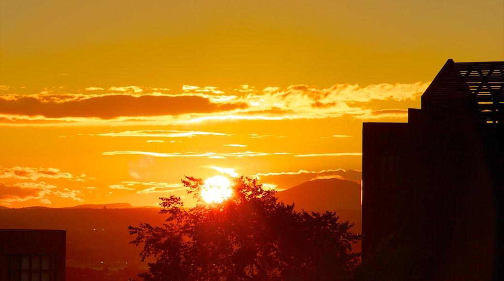 Old Quebec showing a sunset