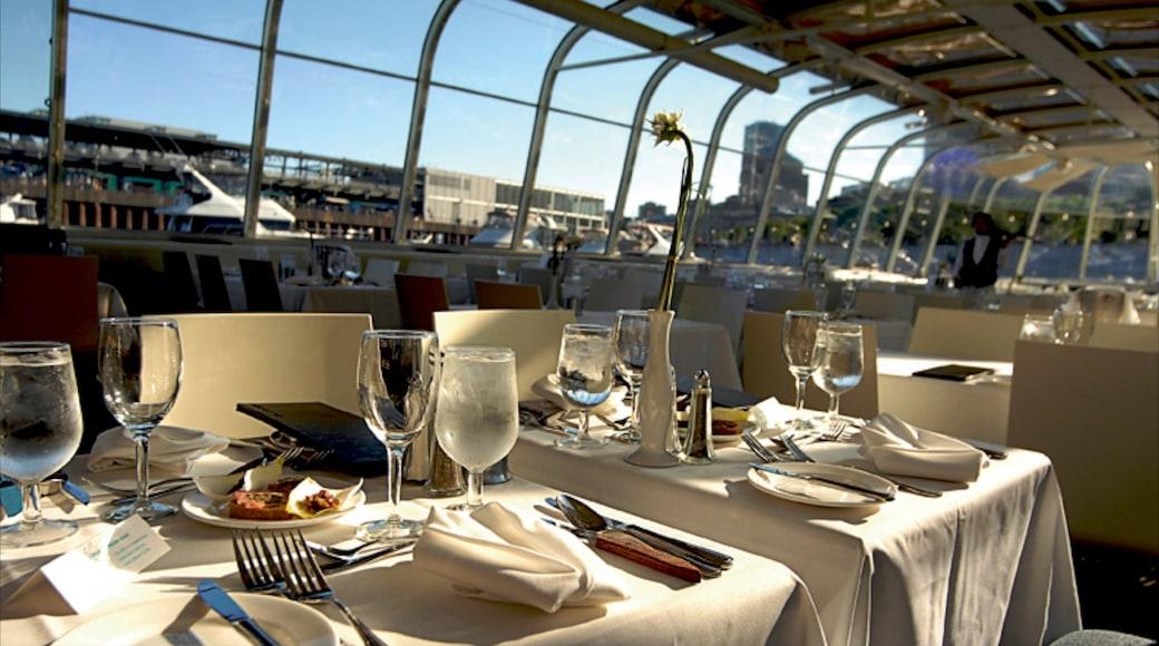 Montréal mit einem Speisen, Drinks oder Getränke und Restaurants und Lokale