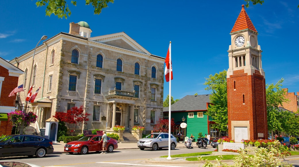 Niagara-on-the-Lake showing street scenes, a city and heritage elements