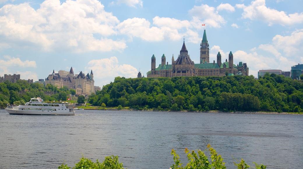 Parliament Hill mit einem Fluss oder Bach, Fähre und Palast oder Schloss
