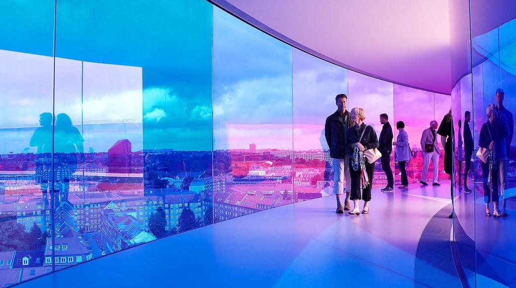 Aarhus som viser moderne arkitektur, interiør og udsigt