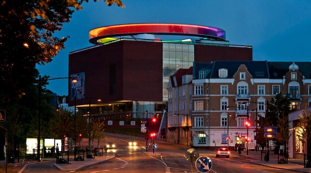 Aarhus og byder på natteliv, en by og gadeliv