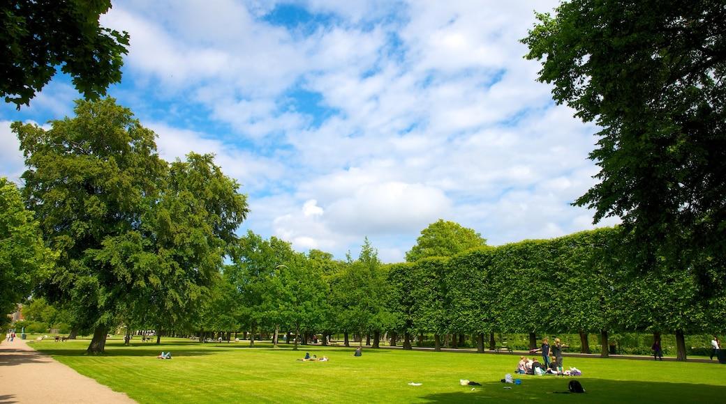 Château de Rosenborg qui includes jardin