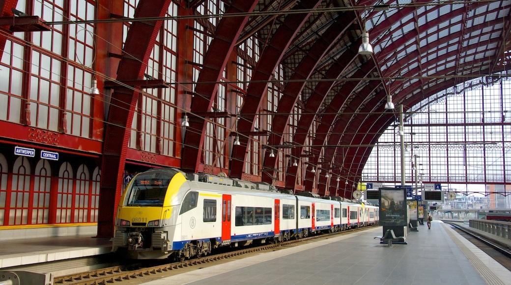 Stazione centrale di Anversa caratteristiche di ferrovia e vista interna