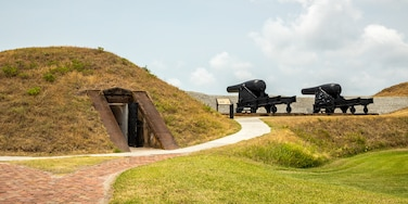 Fort Moultrie which includes heritage elements and military items