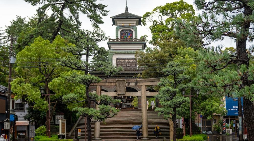 Oyama Shrine showing heritage architecture