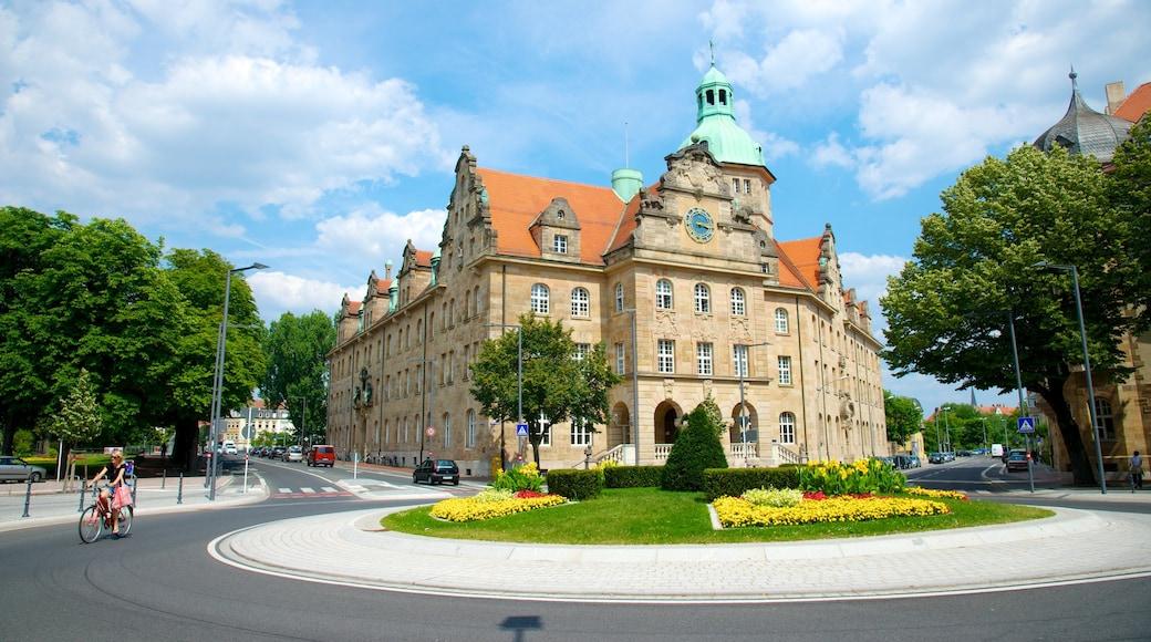 Bamberg caratteristiche di fiori, strade e piccola città o villaggio