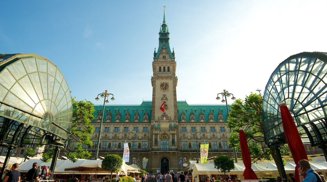 Hamburger Rathaus welches beinhaltet Verwaltungsgebäude, Stadt und historische Architektur