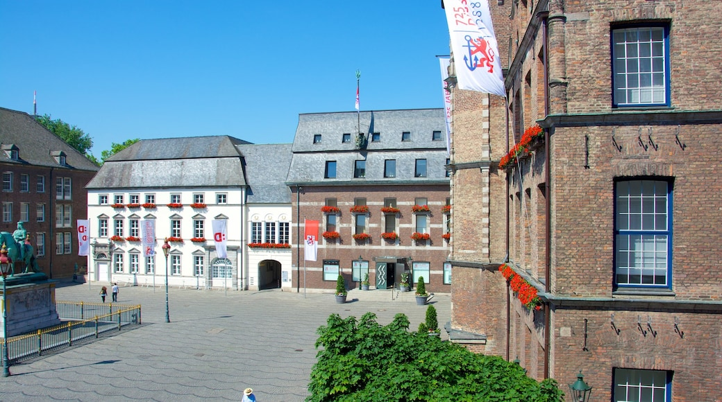 Duesseldorf City Hall showing a city, heritage architecture and an administrative building