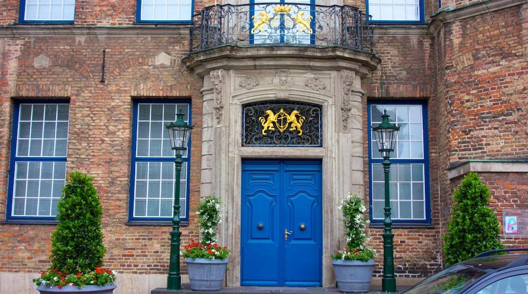 Rathaus das einen historische Architektur und Verwaltungsgebäude