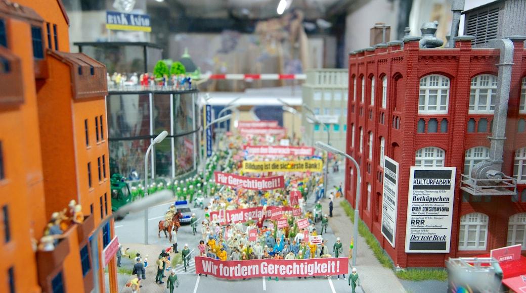 Miniatur Wunderland som inkluderer innendørs og karusell