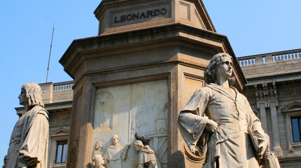 Teatro alla Scala joka esittää patsas tai veistos ja monumentti