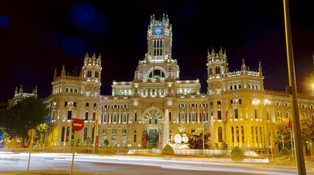 市政廳 其中包括 歷史建築, 行政大樓 和 城市