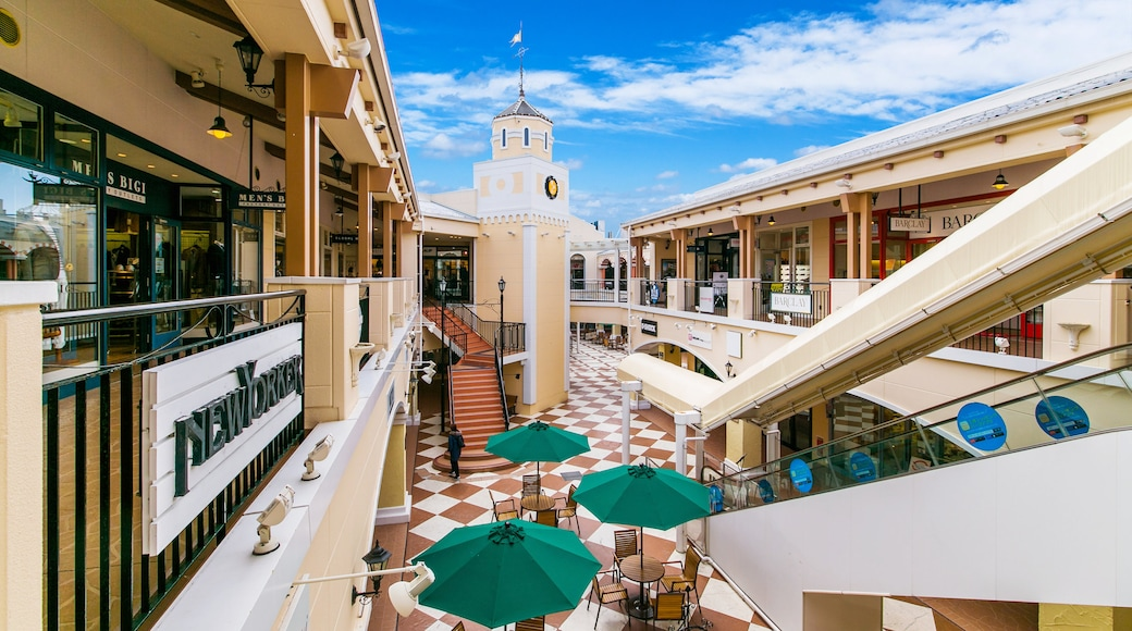 Mitsui Outlet Park which includes shopping