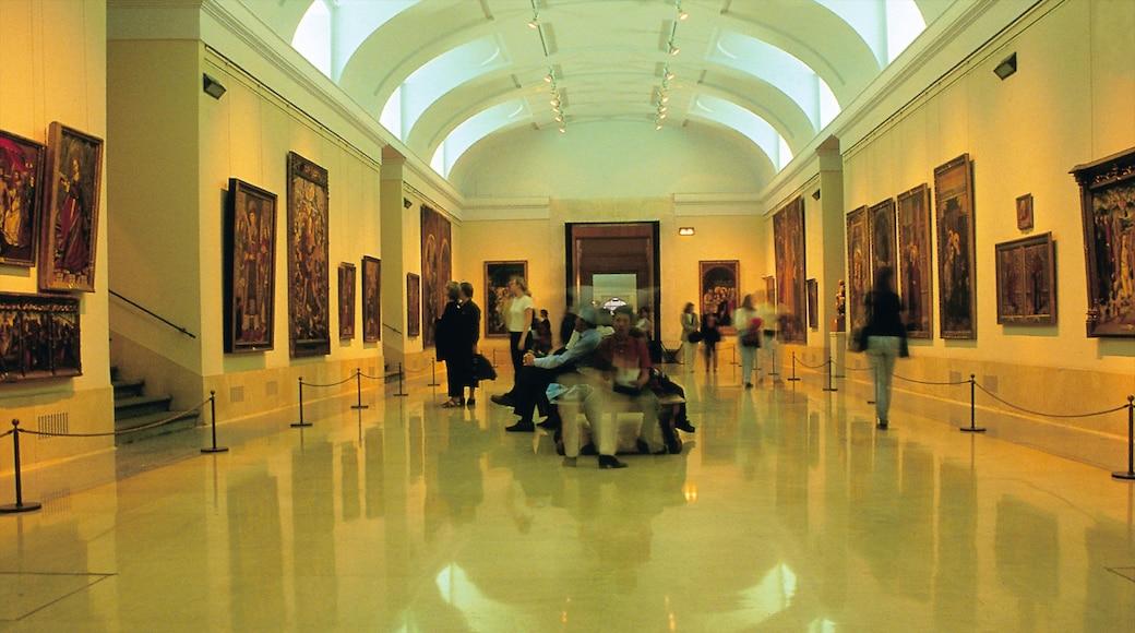 Prado-Museum mit einem Innenansichten und Kunst