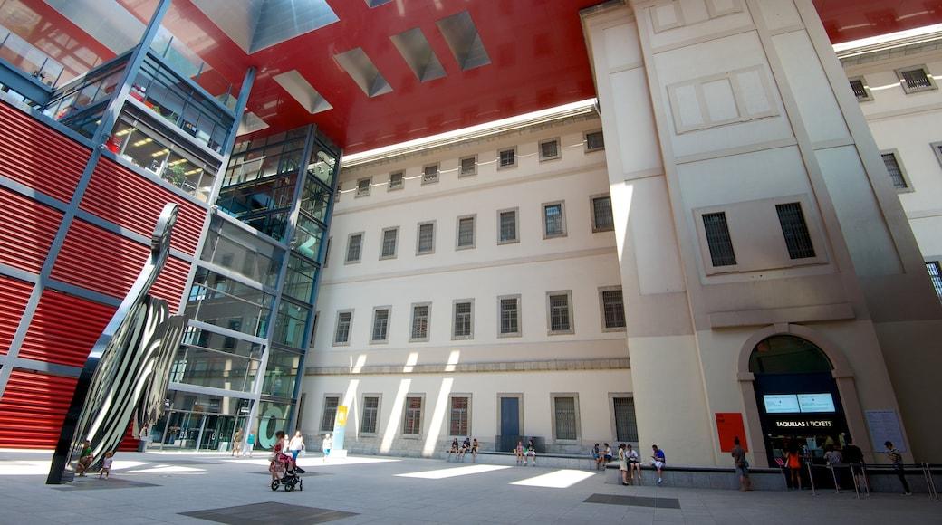 Musée Reina Sofia mettant en vedette art