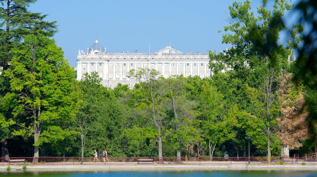 Casa de Campo das einen Park, Burg und Teich