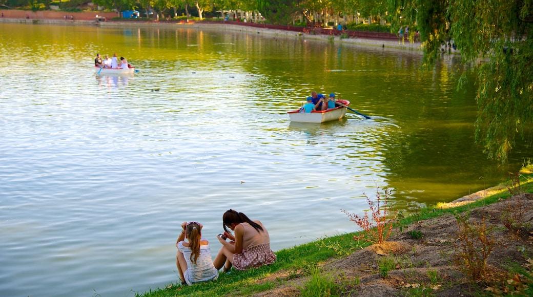 Casa de Campo das einen Garten, Teich und Kajak- oder Kanufahren