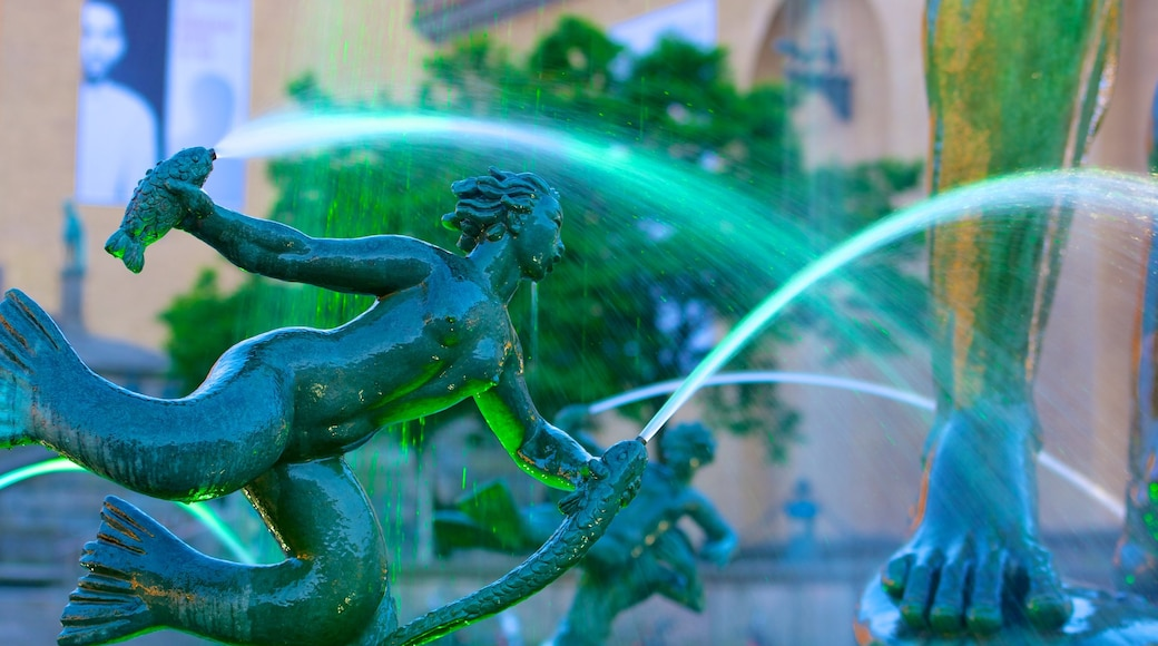 海神雕像 设有 噴泉