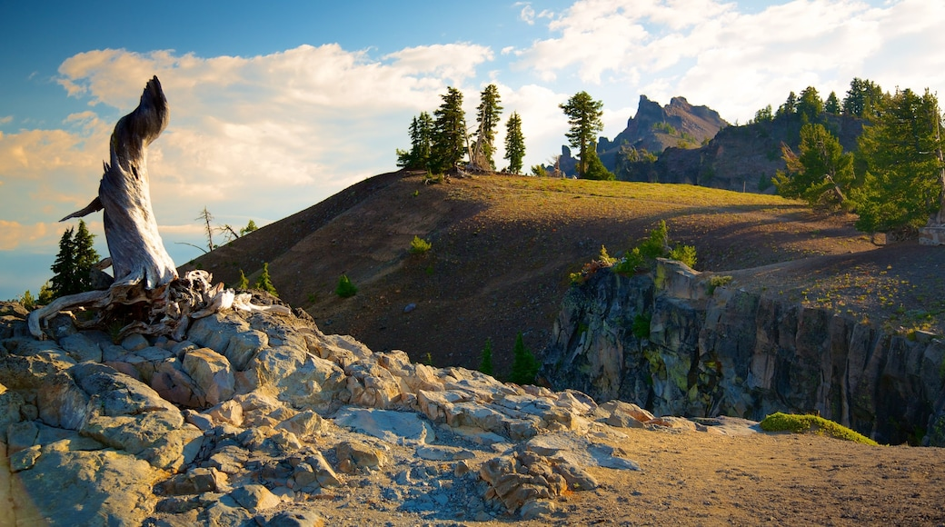 Crater Lake National Park featuring mountains and landscape views