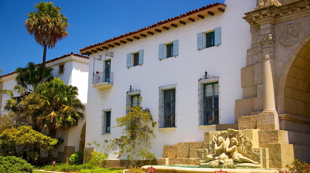 Santa Barbara County Courthouse which includes heritage architecture and an administrative buidling