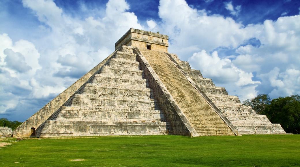 Mexique montrant monument, temple ou lieu de culte et patrimoine architectural