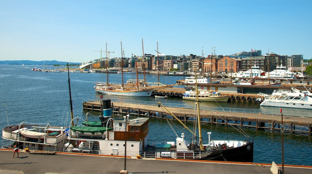 Oslo which includes a marina, a coastal town and general coastal views